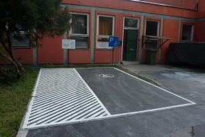 Akadálymentes parkoló