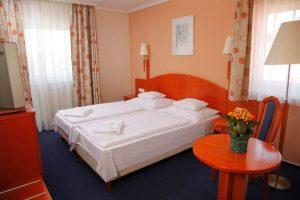 Nívós hotel Zuglóban